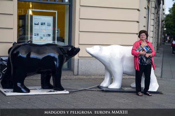 MadGods_y_Peligrosa_Beligica_Germania_590044