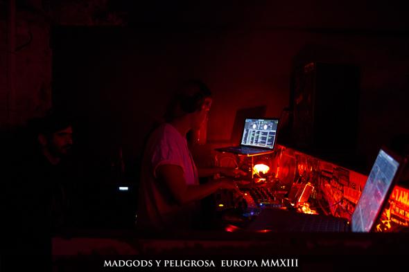 MadGods_y_Peligrosa_Beligica_Germania_590050