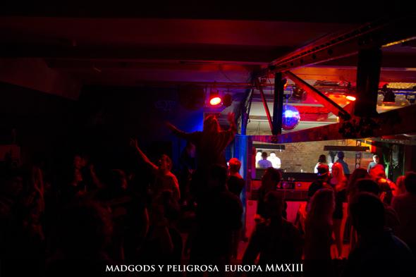 MadGods_y_Peligrosa_Beligica_Germania_590054